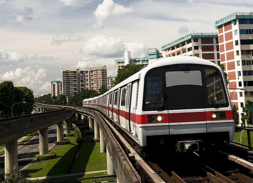 Im Wandel der Zeit - Moderne Zeitdienstanlagen für Nahverkehrsbahnen