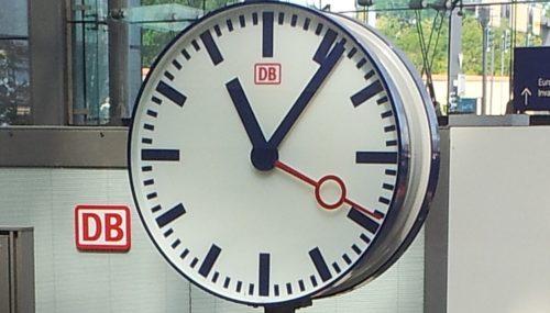 ZEITDESIGN und ZEITTECHNIK für die Deutsche Bahn AG