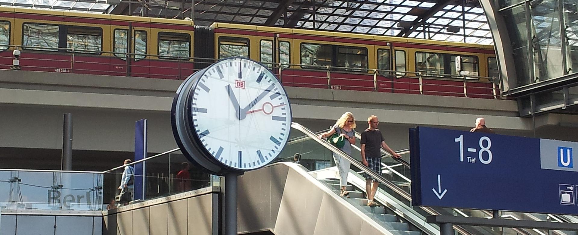 <h2>Bahnuhren von BÜRK MOBATIME</h2> <p></p> <p></p> <p></p> <p></p>