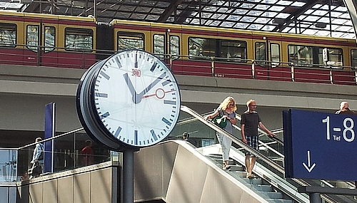 Bahnuhren