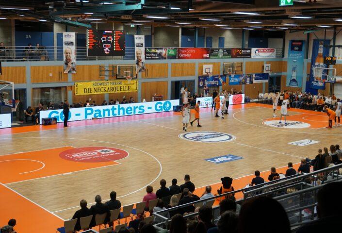 LED-Scoreboards und Videoscreens für Sporthallen und Arenen bis zu 5.000 Zuschauer
